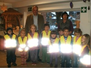 Warnwesten für den Kindergarten in Haldern